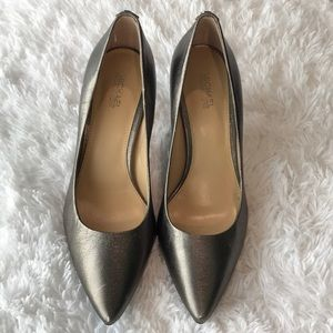 Michael Kors Metallic Gray Pointy Heels